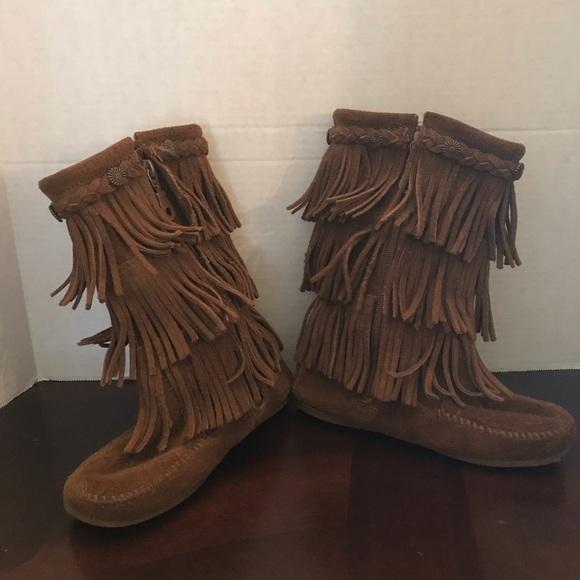 Minnetonka Shoes   Fringe Boots Youth